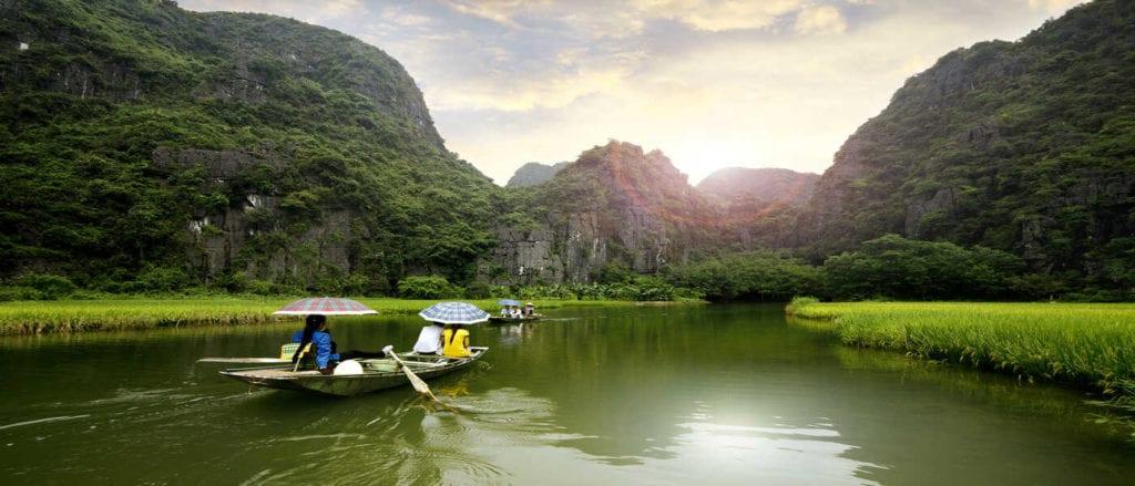 Tam Coc river boat trip